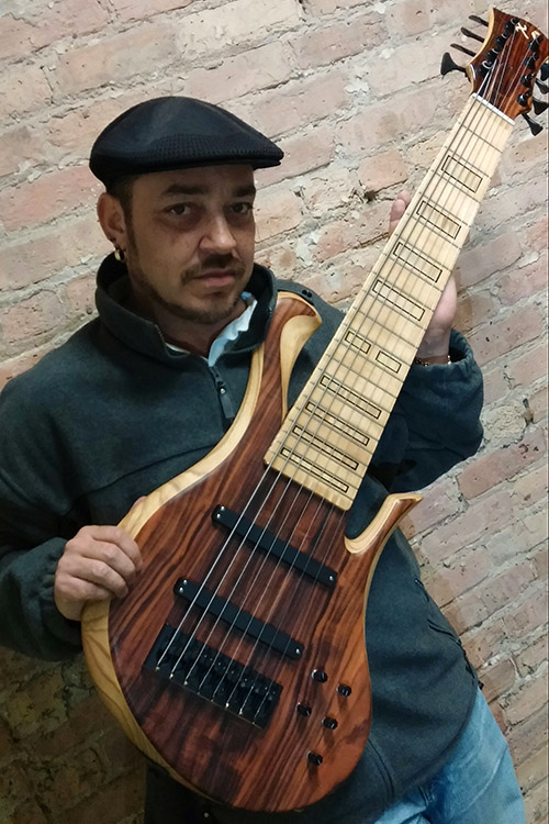 Chicago bassist Jauqo III-X and his 8-string Xylem bass